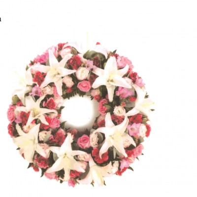 Pink and White Wreath Ref: FN21